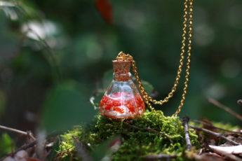 collier plaqué or philtre d'amour fleurs reine Anne