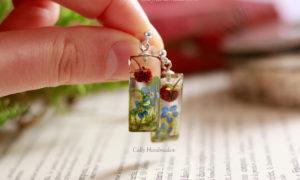 boucles d'oreilles nature en résine et fleurs séchées
